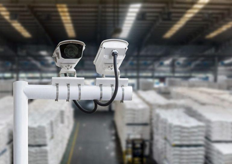 Установка камер видеонаблюдения на складе